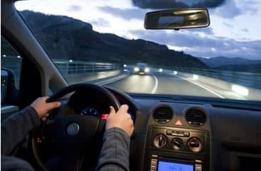 Οι 10 εντολές της ασφαλούς οδήγησης