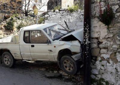 Σύγκρουση οχήματος σε σταθερό εμπόδιο – τοίχο